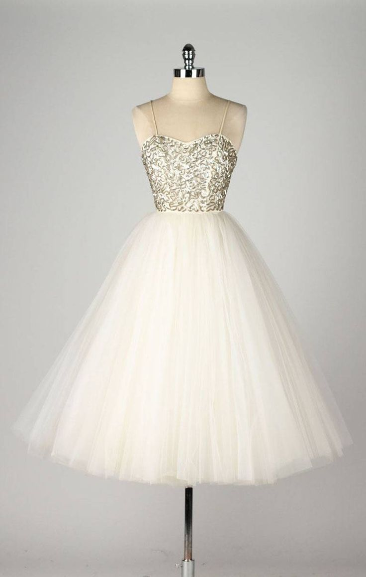 Short Prom Dresses ,Hot Sale Homecoming Dresses,Charming Prom Dress,A Line Homecoming Dresses,Sweetheart Evening Dress,Sequined Homecoming Dresses,