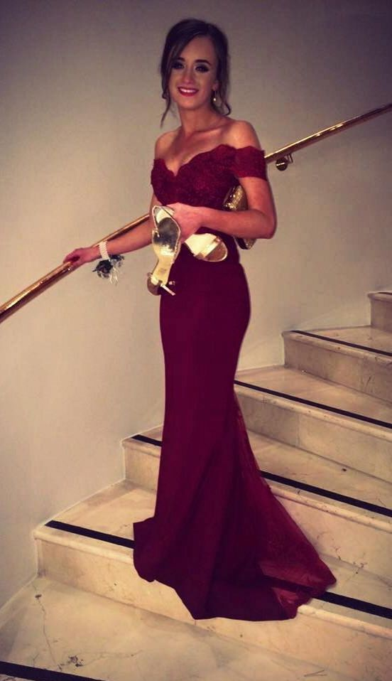 5d065d16ce0 2016 Burgundy Mermaid Prom Dresses Off-the-Shoulder Lace Beaded Long Sexy  Evening Gowns